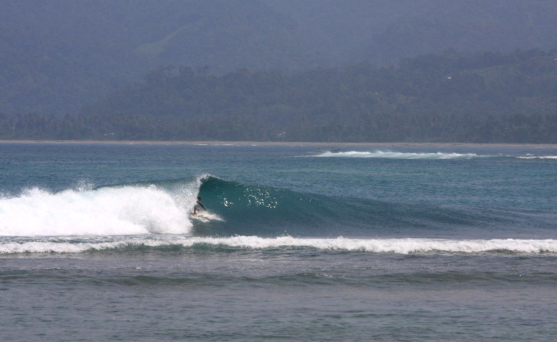 Krui Left surf break