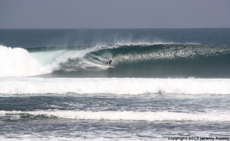 Way Jambu surf break